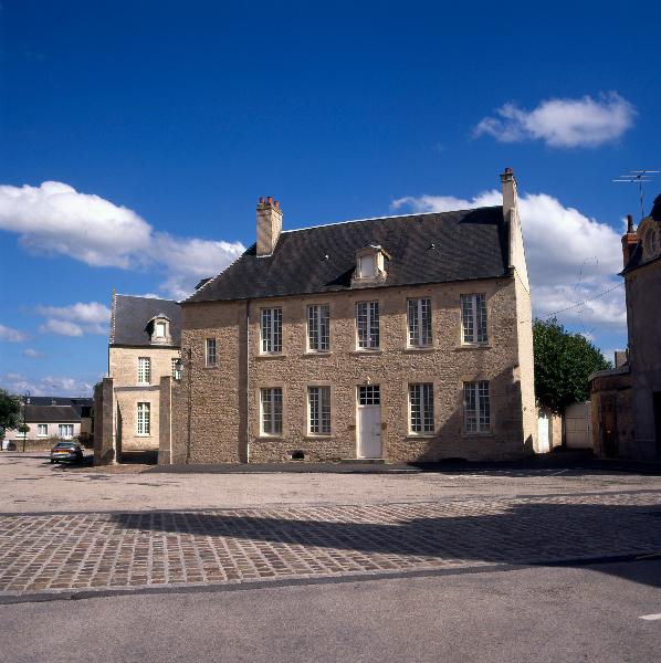 Trail the treasures of carentan ot baie du cotentin - Office du tourisme sainte mere eglise ...
