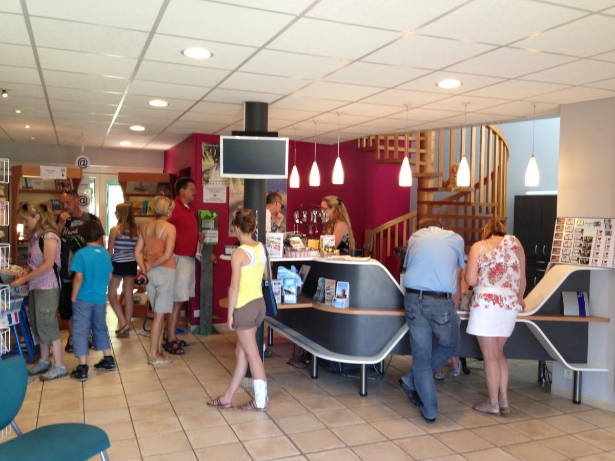 Tourist office in sainte m re eglise ot baie du cotentin - Office du tourisme sainte mere eglise ...