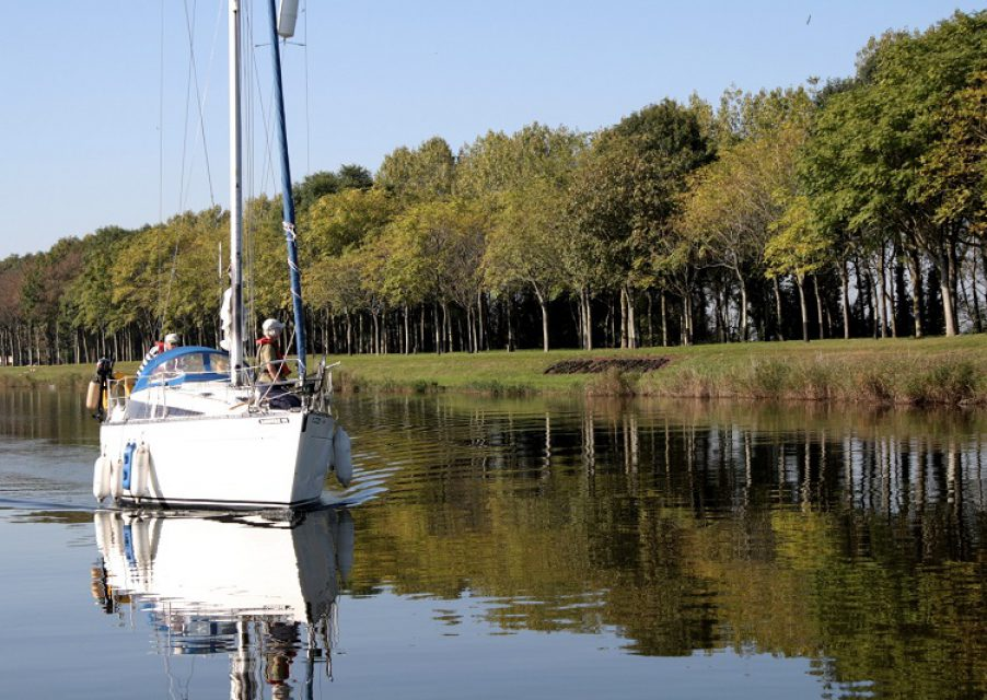 port plaisance bateau mer promenade canal chenal carentan baie cotentin