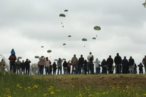 parachutages 2016