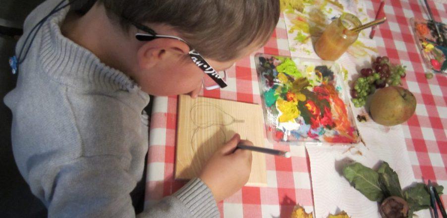 dessin animation pomme automne enfant ferme musee baie cotentin