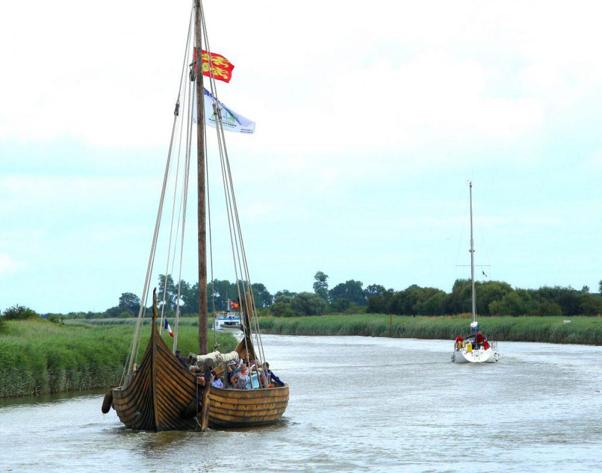 port carentan bateau viking dreknor canal chenal mer baie cotentin
