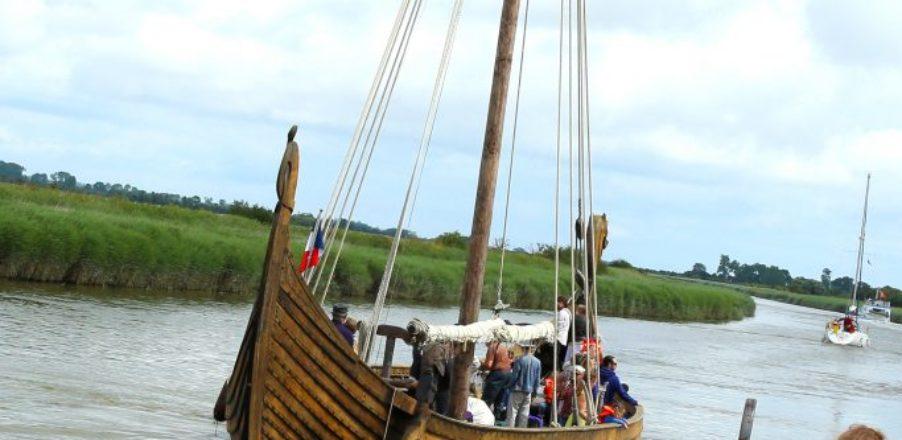 port carentan plaisance bateau viking dreknor canal chenal mer baie cotentin