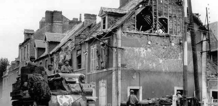 rue_char_soldat_militaire_liberation_dday_debarquement_carentan_juin_1944_normandie