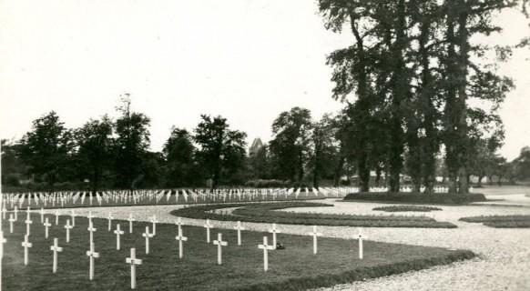 cimetiere_militaire_provisoire_soldat_us_americains_1944_sainte_mere_eglise