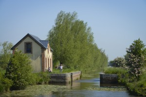 Maison des Ormes et  canal Vire-Taute - PY Le Meur