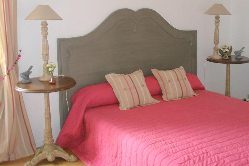 hébergements chambre d'hotes Mme Guerche lit